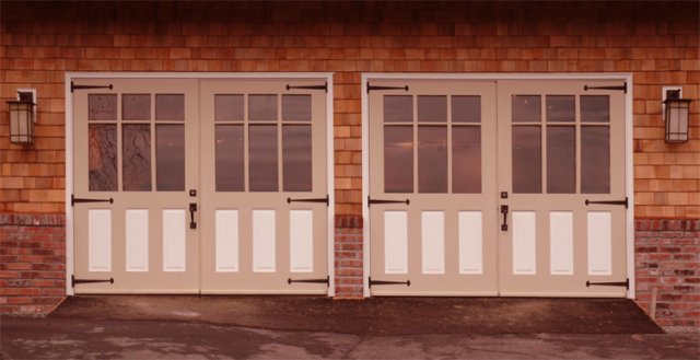 104. Studio Rockwell (SL05G) Doors Bring Light into a Family Space in Lafayette, CA