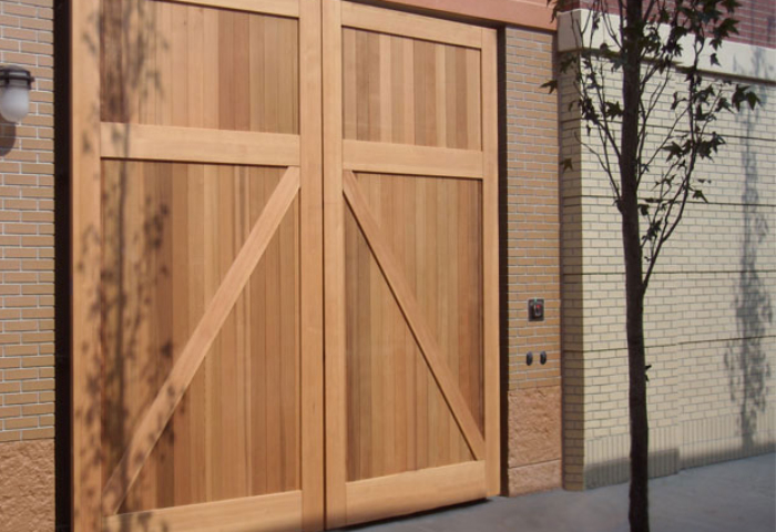 54. CL14 Design – Square, (no) lites, Z brace w/ tongue + groove panel, Western Red Cedar, and butt hinges; Hampton, VA
