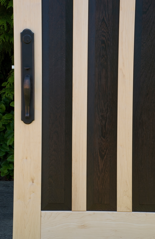 8. Closeup of the Quartet Door